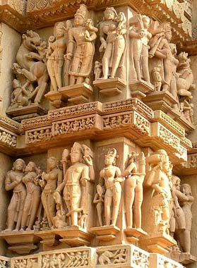 khajuraho erotic stone carvings - North india tours